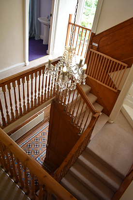 Dog legged stairwell self catering holiday home